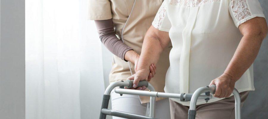 operazione anca anziani